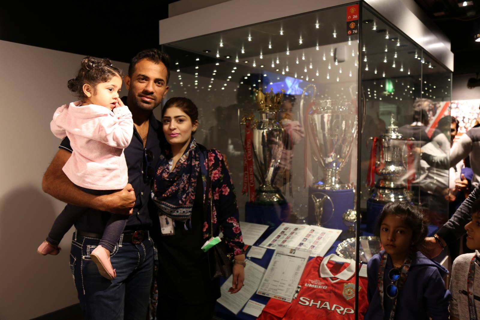 Families of Pakistani Cricketers in UK 16
