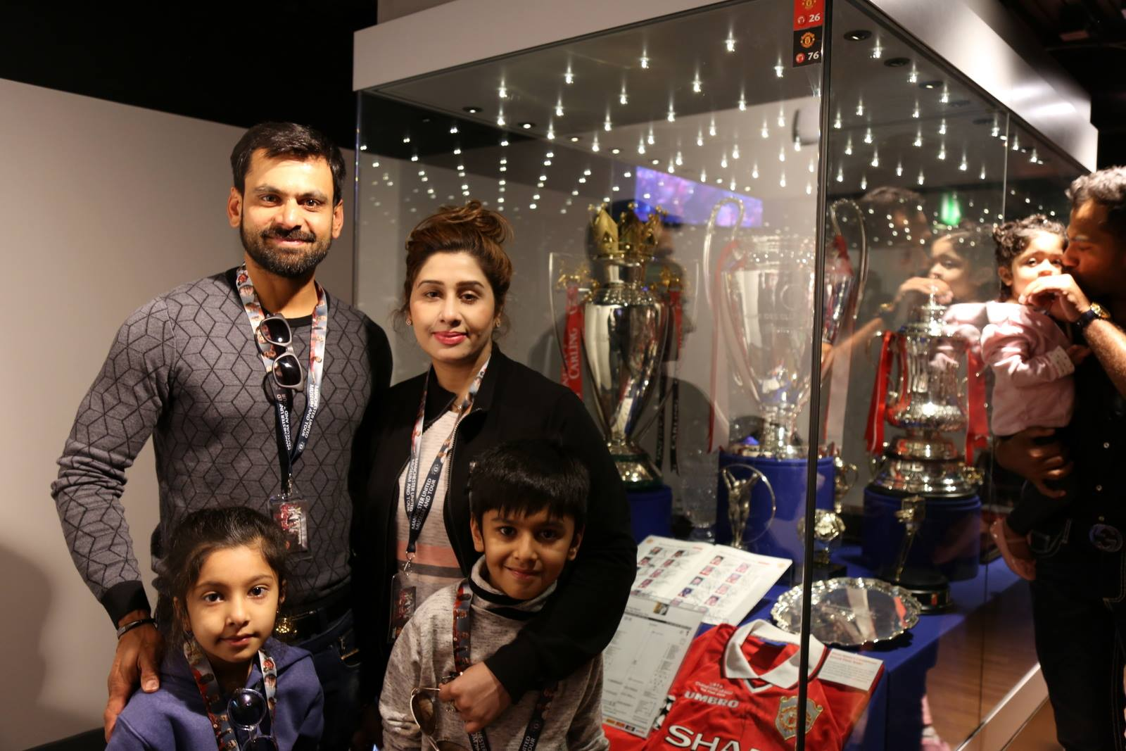 Families of Pakistani Cricketers in UK 17