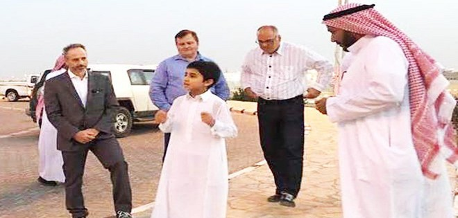 10-years-old-boy-in-saudi-arabia-as-a-tour-guide